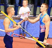 Faire Wettkämpfer: Sam Kendricks (l.) und Piotr Lisek